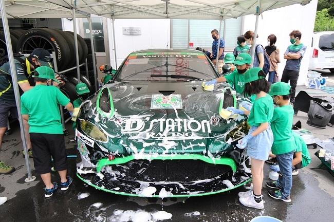 D'station Racing_release_03.JPG